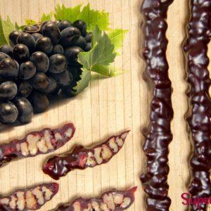 CHurchkhela greckij orekh temnyj vinograd